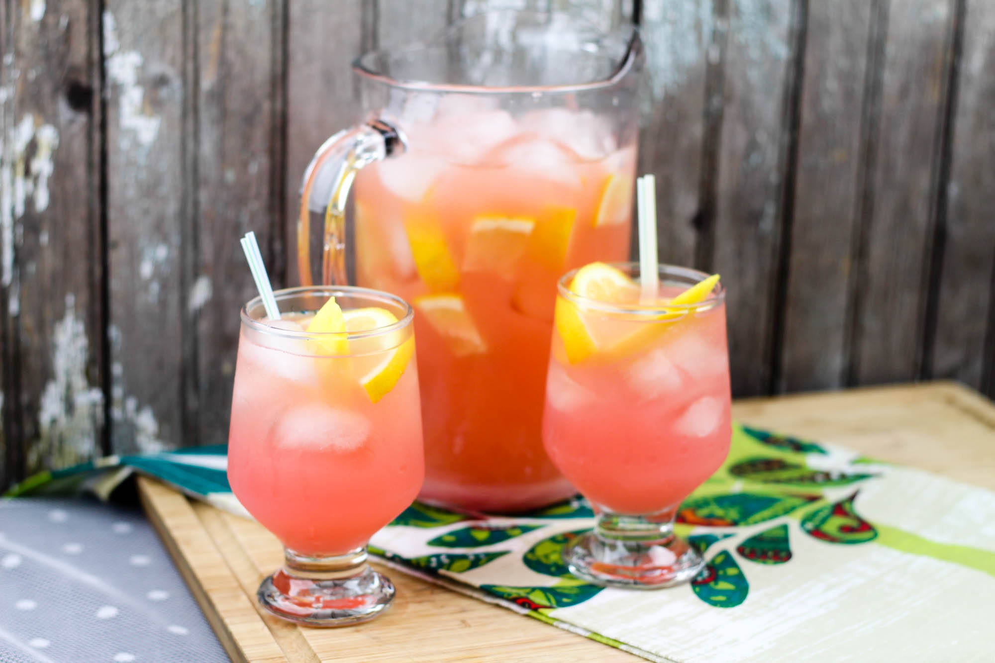 Mango Pink Lemonade with Gingerbeer