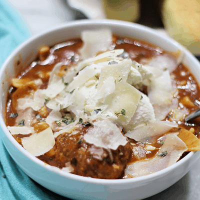 Slow Cooker Meatball Lasagna Soup