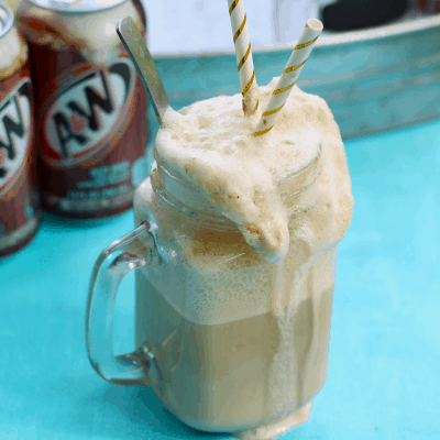 Classic Root Beer Floats